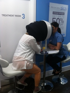 Skin consultation at Sk:n Cardiff